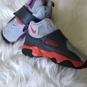 Nike 7c sneakers toddler orange gray